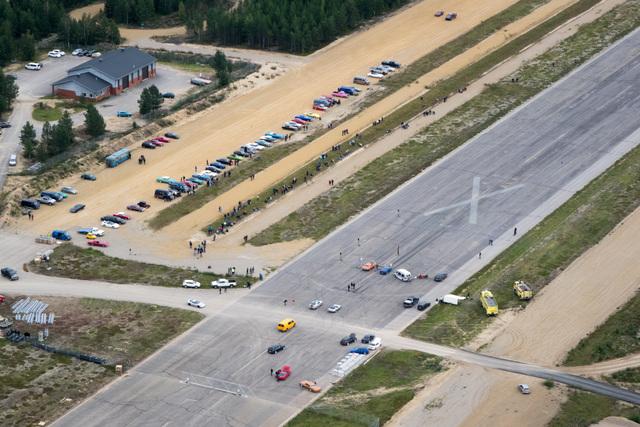 Rautaa Rajalle 2014 Varttimailin kiihdytys Ivalon lentokentällä